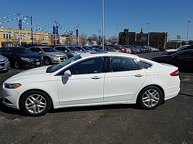 Pre Owned 2015 Ford Fusion SE 4D Sedan in Merrillville 00CP3974